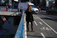 Pešaci na biciklističkoj stazi